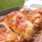 Aprikožu ievārījumā marinēti vistu stilbiņi