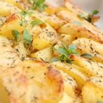 Krāsnī cepti kartupeļi ar parmezānu