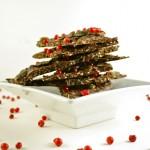 Šokolāde ar ķirbju sēkliņām un rozā pipariem