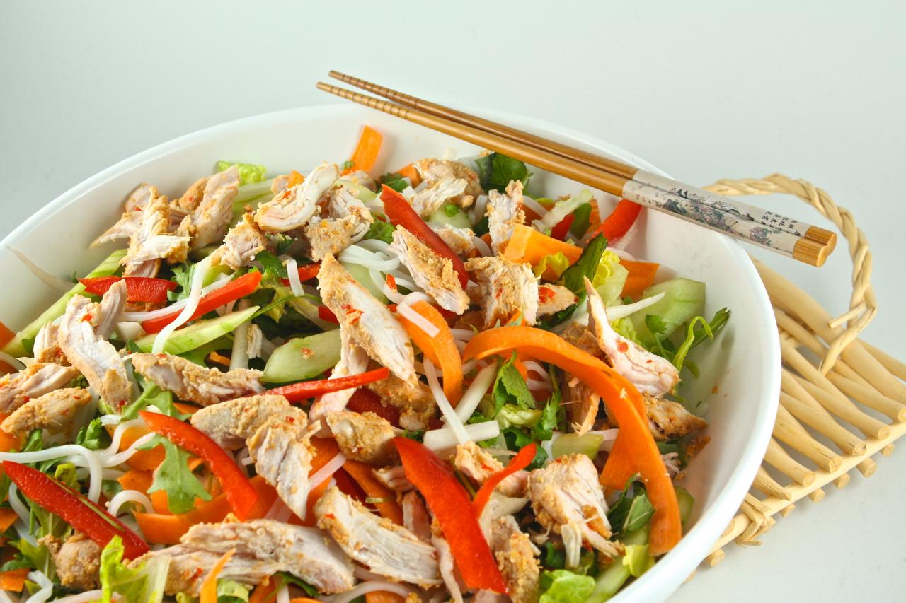 Taizemiešu nūdeļu salāti - 06