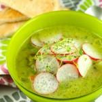 Pavasara dārzeņu zupa ar pesto