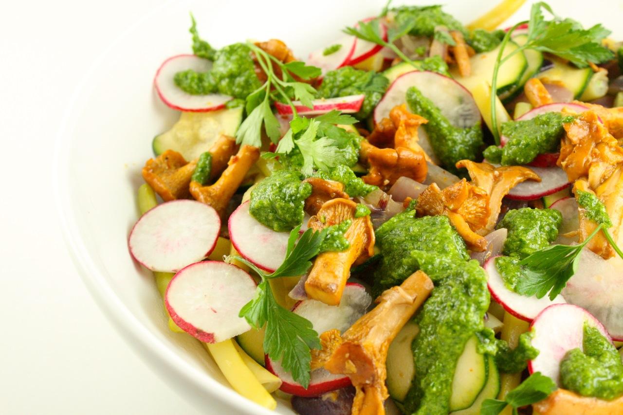Siltie gaileņu salāti - 02