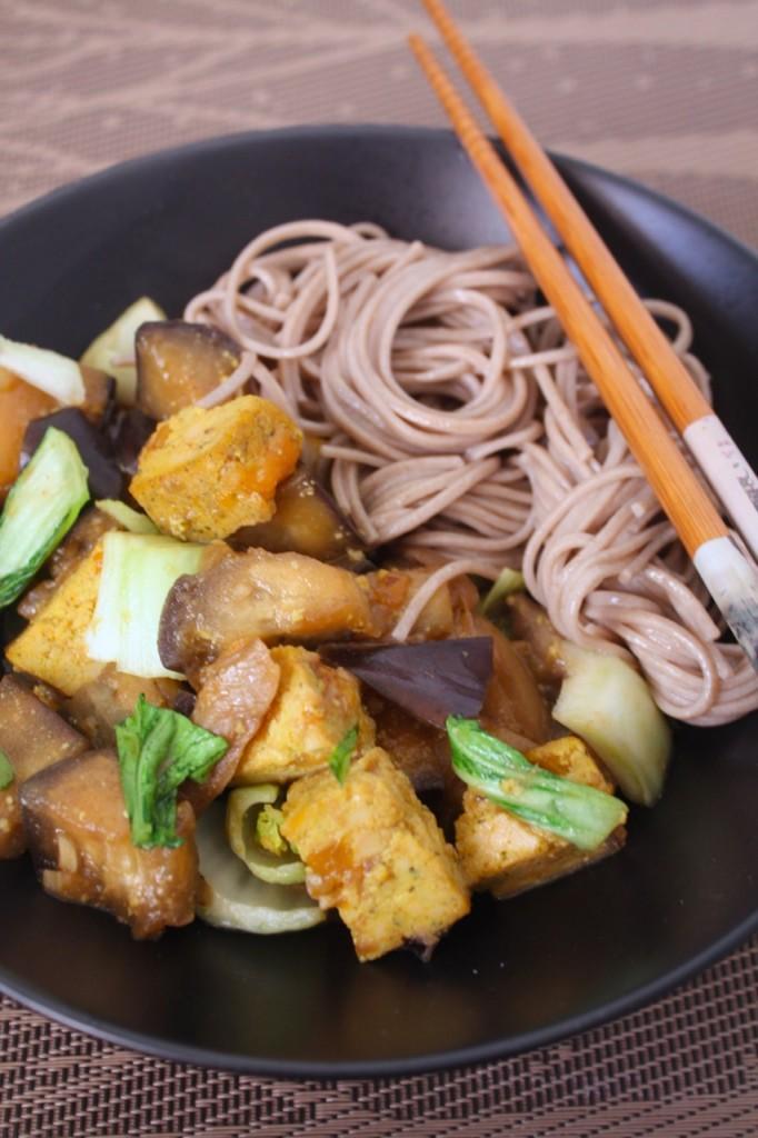 Tofu un baklažānu karijs - 0