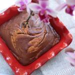 Šokolādes un zemesriekstu marmorkūka (vegāniskā)